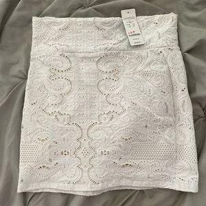 bebe callie textured mini skirt NWT S